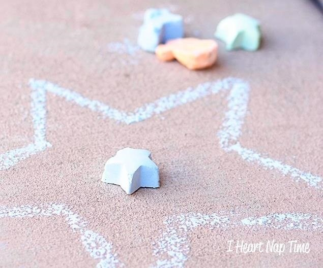 How to Make Homemade Sidewalk Chalk to Graffiti the Streets With
