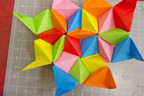 Modular Origami: How to Make a Truncated Icosahedron, Pentakis Dodecahedron & More