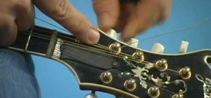 Change a mandolin string