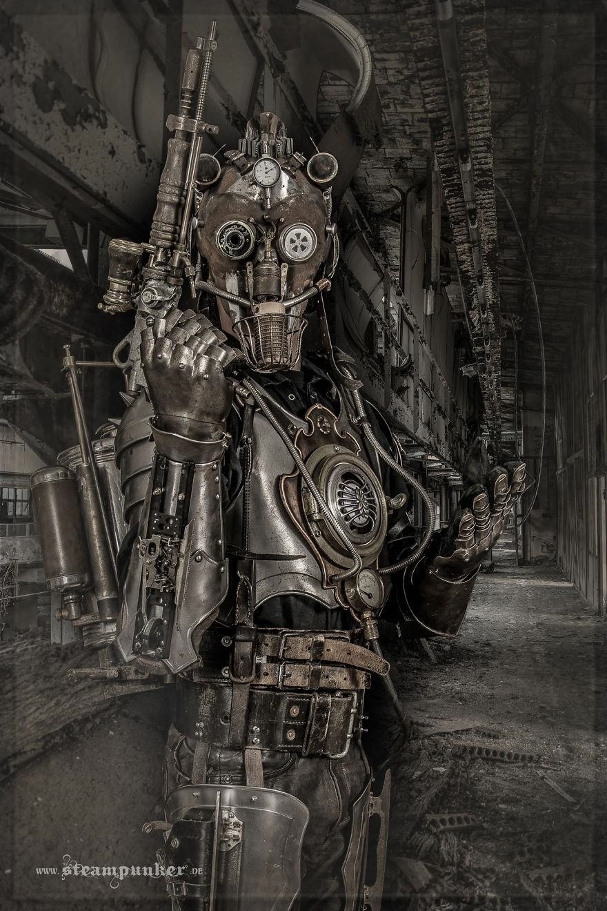 Steampunk Fashion - Handcrafted Costumes