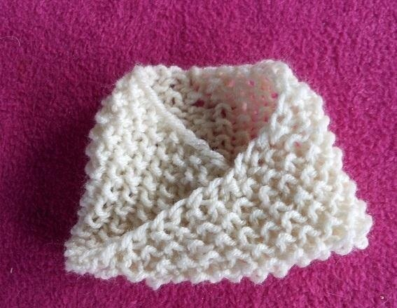 How To Knit Crochet : Related to How to Knit a Fake Mobius Scarf ? Knitting & Crochet