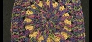 Crochet a circle inside a square