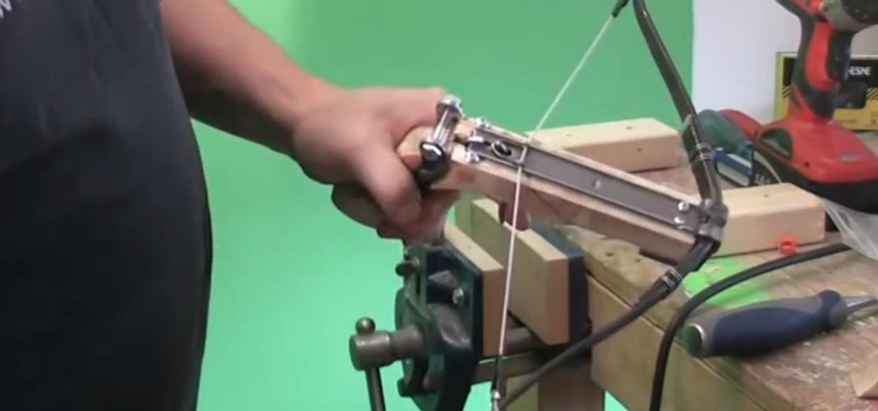 Build an Advanced Wooden Pistol Crossbow That Shoots Bolts