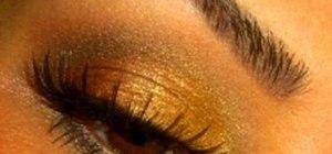 Create an earthy henna eyes makeup look