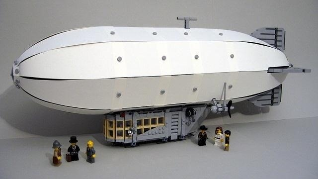 Majestic Airship Needs Votes to Get Produced by LEGO