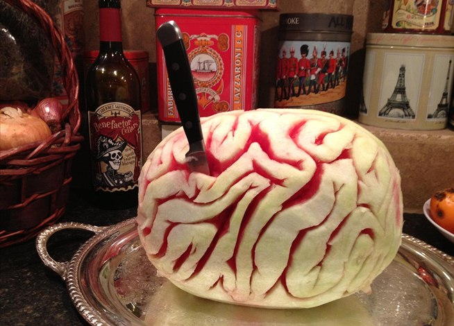 How to carve a tasty watermelon brain for halloween