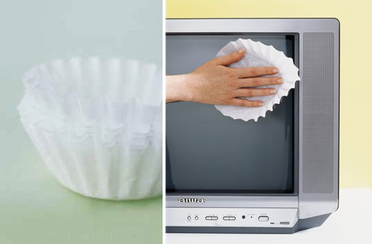 Tech Tip: Clean Your LCD Screen With a Coffee Filter