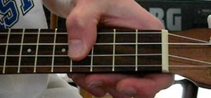 Play major chords on a soprano or concert ukulele