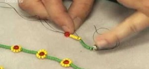 Make a simple daisy necklace