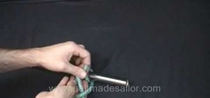 Tie a Round Turn and Two Half Hitches knots
