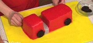 Make a fire truck birthday cake