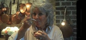 Make genuine Georgia peach cobbler with Paula Deen