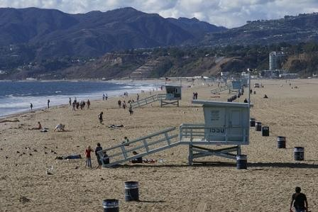 Event: 4/17 Beach Cleanup in Santa Monica
