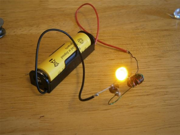 "How to Make a ""Joule Thief"" and Create Zombie Batteries for More Power After Death"