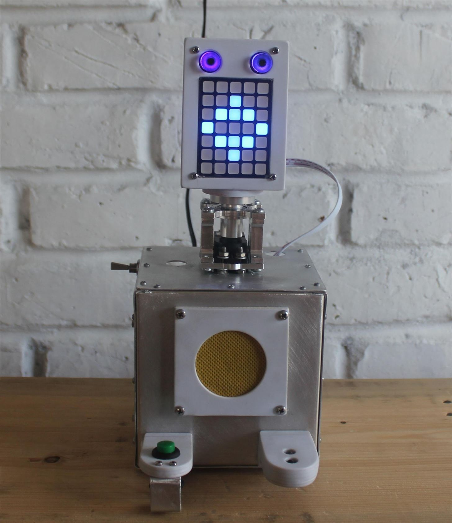RoboDoc: A Kid-Friendly DIY Robot That Makes Doctor Visits a Little Less Scary