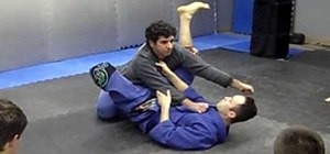 Break guard position in Jiu Jitsu
