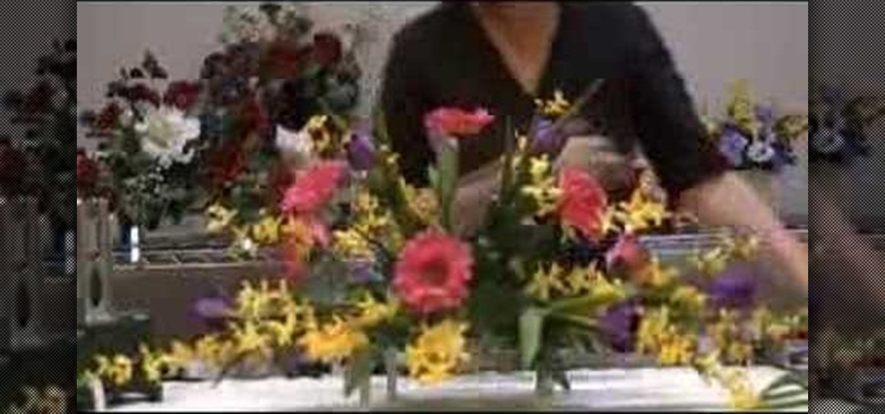 How To Make Floral Arrangements how to make a monument saddle arrangement « flower arrangement