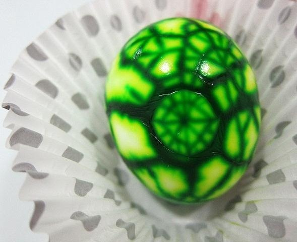 Give Your Easter Eggs a Different Spin This Year with These Twisted Spider-Bunny Eggs