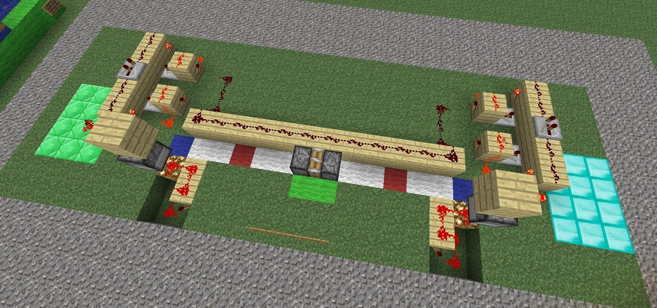 Build a Piston-Train Tug-O-War Game in Minecraft 1.3.