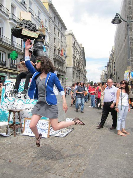 Levitation Challenge: Liberty Leading the People