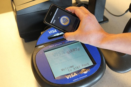 The Perfect Hack for Enabling NFC Credit Card Payments on Your iPhone 4