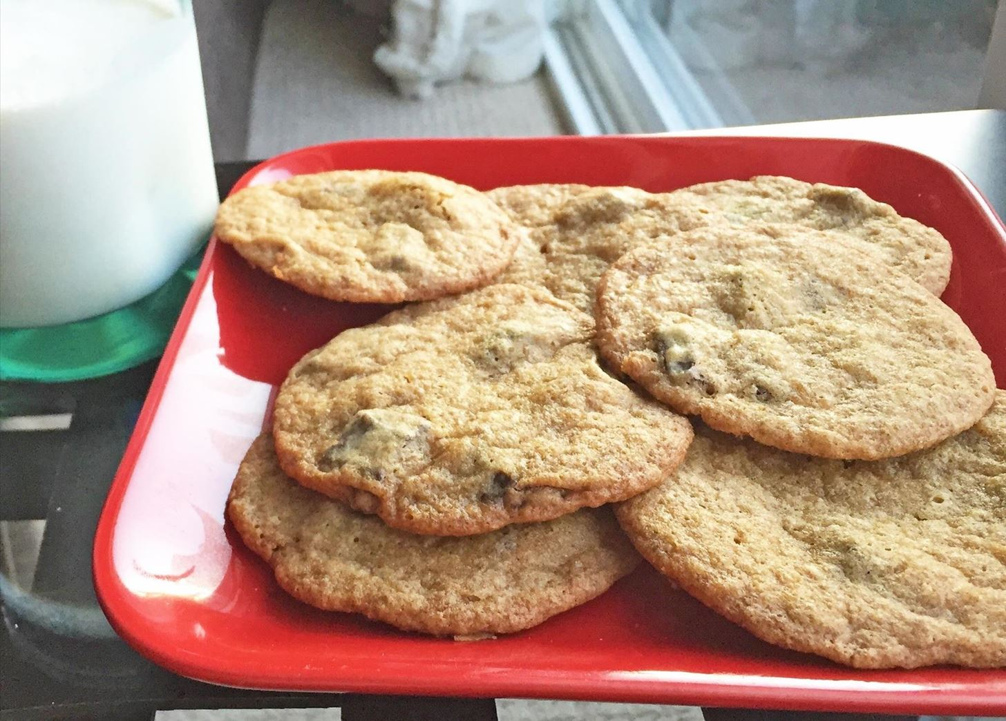 10 Food Hacks for Making Perfect Chocolate Chip Cookies Every Time