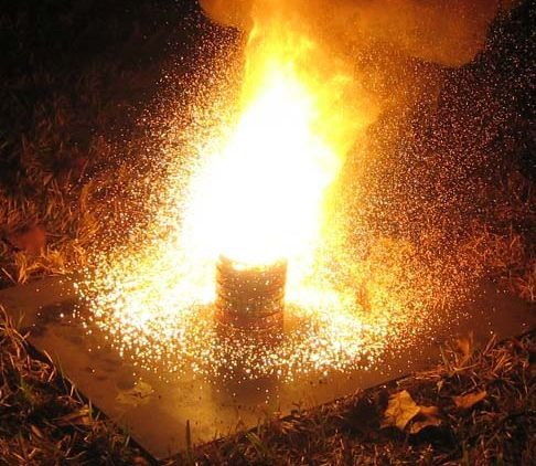 How to Make the World's Hottest Burning Man-Made Substance: Thermite