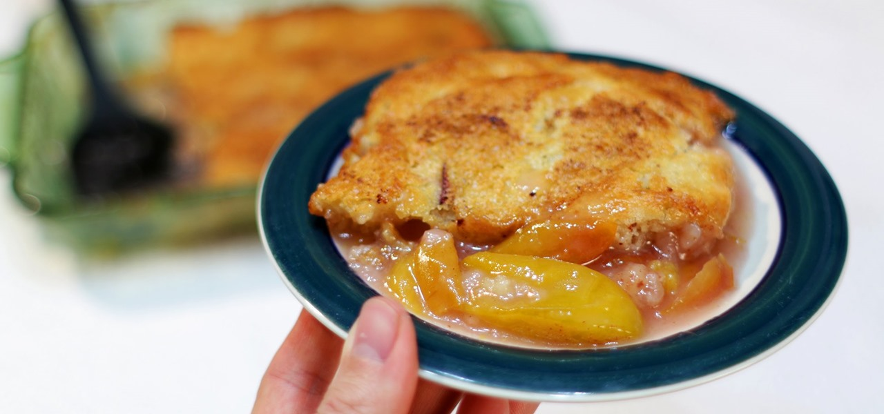 Make an Easy Amazing Peach Cobbler