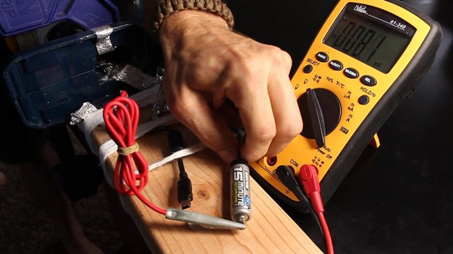 How To Make A 40 Watt Electrical Generator From Common