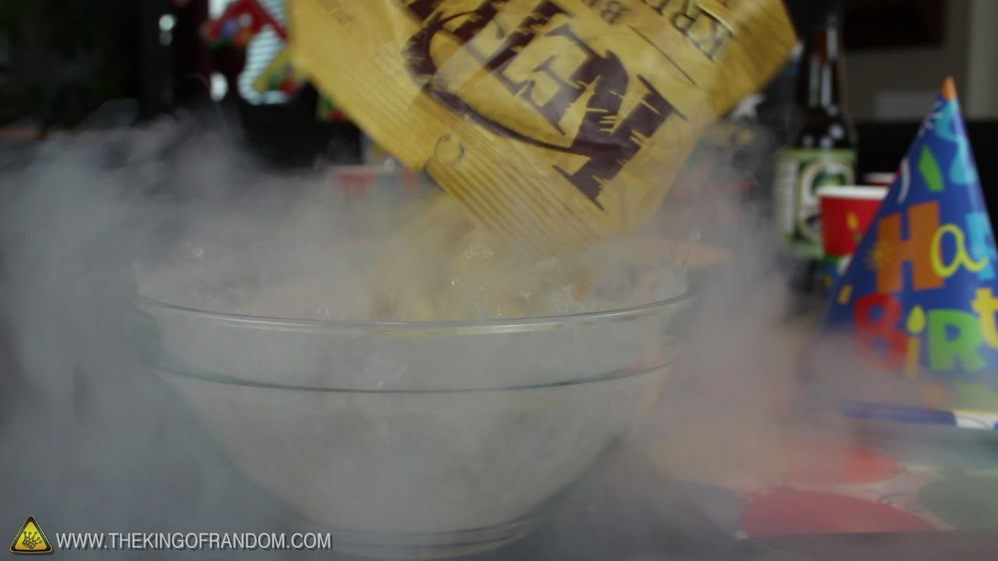 10 Things to Do at a Birthday Party with Liquid Nitrogen