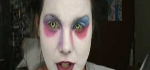 Apply Alice in Wonderland Mad Hatter Halloween makeup