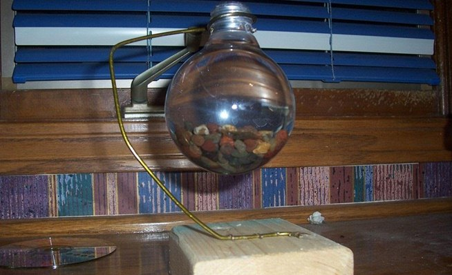 DIY Impossible Light Bulb, Plus 6 More Ways to Repurpose Burned ...