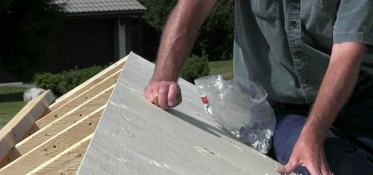 Applying Roof Sheathing