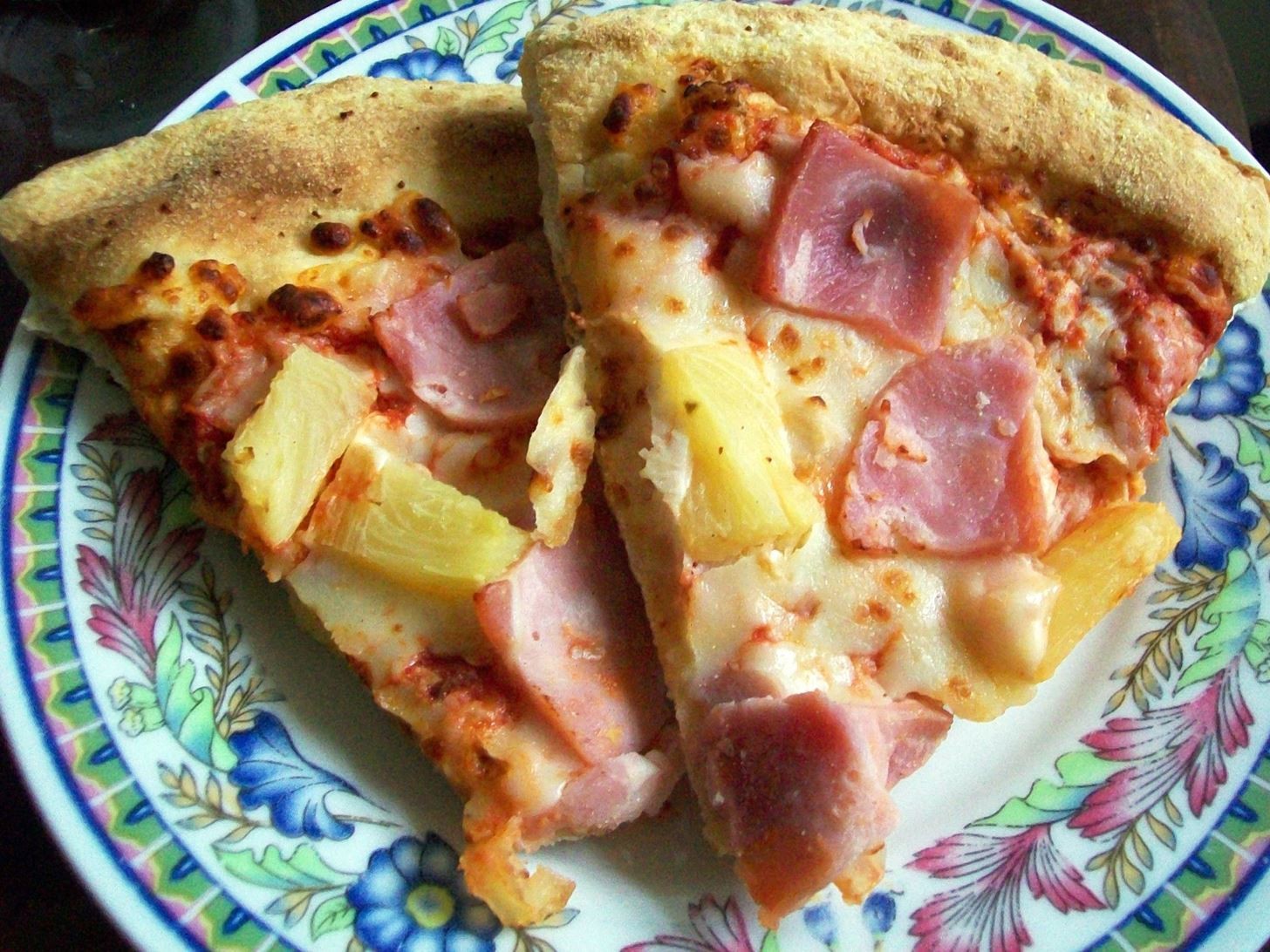 Leftover Pizza Should Never Go in the Fridge [DEBATE]