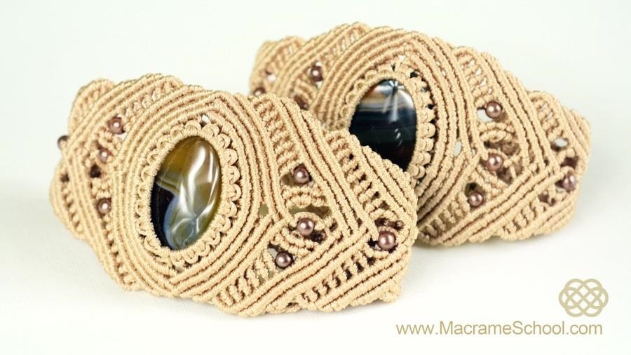 How to Make a Macrame Bracelet with Stone