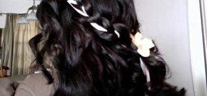 Style simple Renaissance style braids