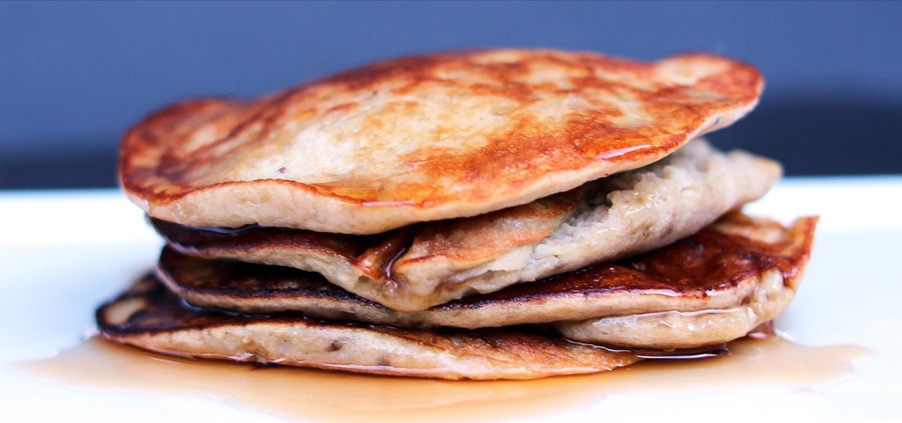 Make 2-Ingredient Pancakes That Are High Protein, Low-Carb & Gluten-Free
