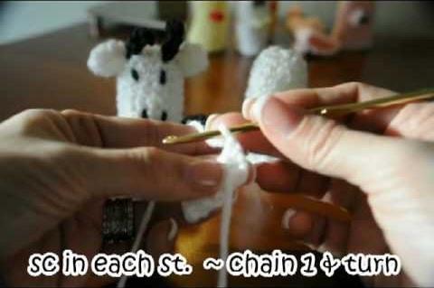 Crochet a cow finger puppet - Part 2 of 2