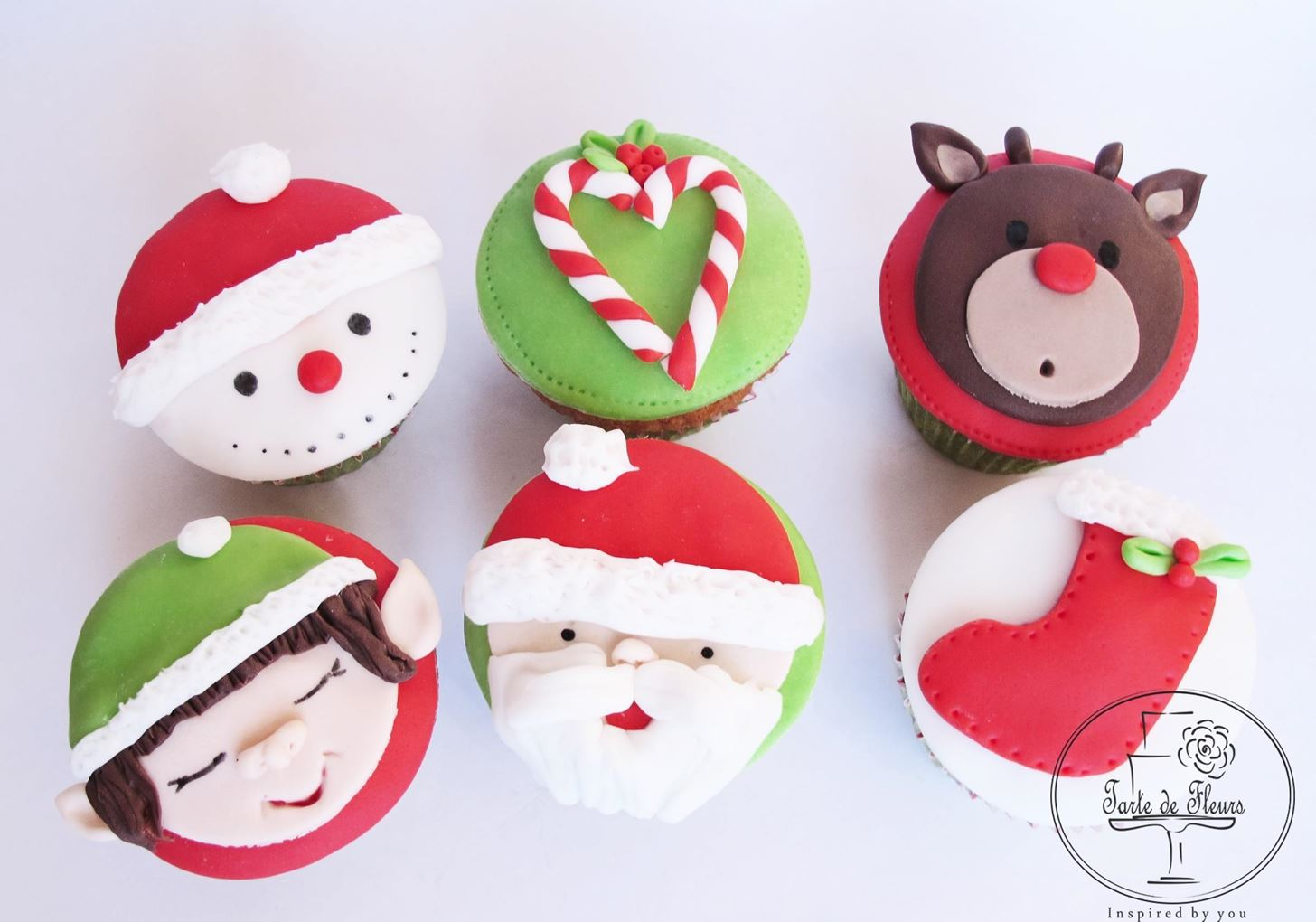 Super Cute Christmas Cupcakes Tutorial