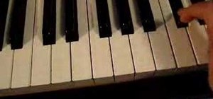Play piano with proper fingering