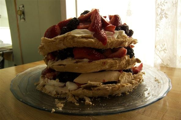 Food Photography Contest: New Zealand Style 'Pavlova'