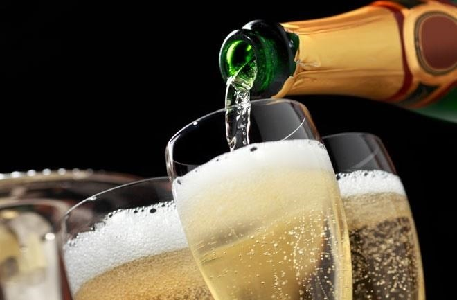 How to Keep Champagne Bubbly (Hint: A Spoon Doesn't Work)