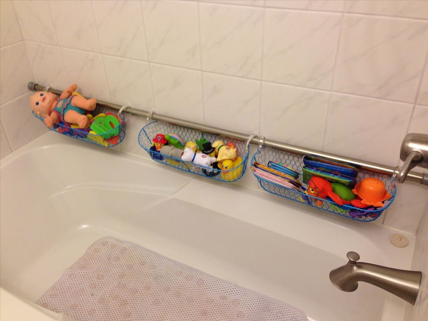 Shower curtain rods - Use Extra Shower Curtain Rods To Increase Bathroom Storage More