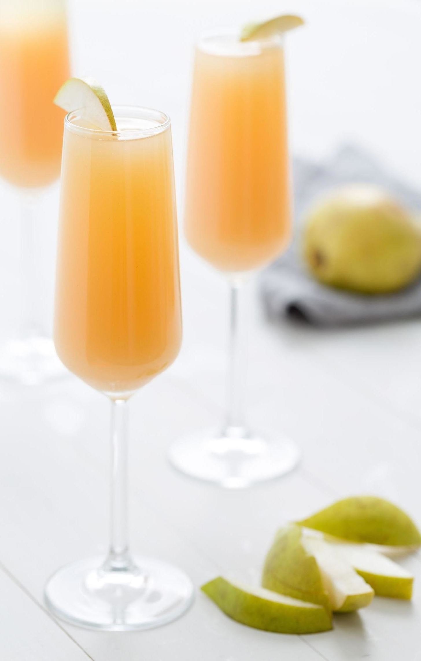 Put Leftover Champagne to Good Use with These Brunch Dishes
