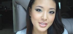 Create a basic smoky eye look for Asian monolids