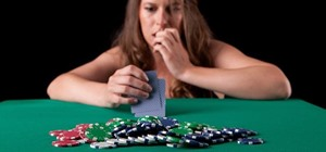 Who's Bluffing? How to Recognize Tells & Bluffs in a Poker Game