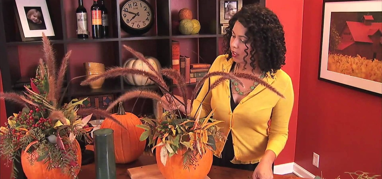 How to create an easy pumpkin centerpiece for thanksgiving for Simple pumpkin centerpieces