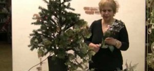 Decorate your Christmas tree like a pro