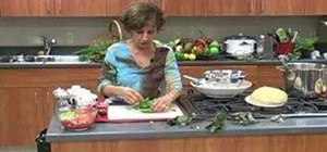 Use and store basil leaves for cooking