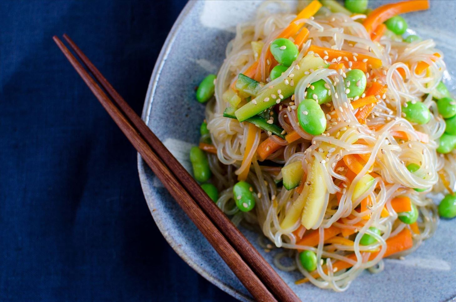 Rice Noodles with Tomatoes and Tuna - A Savoury Gluten-free Alternative to Pasta